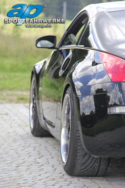 ap_Nissan_350Z_Typ_Z33_004